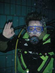 Tauchstunde im Pool